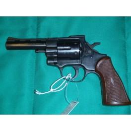 Revolver ARMINIUS HW38 r 38spec  - Myslivost Korabík - Michal Korabík